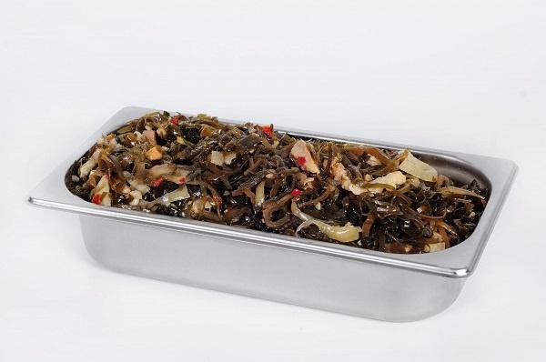 Салат з морскої капусти и оселедця